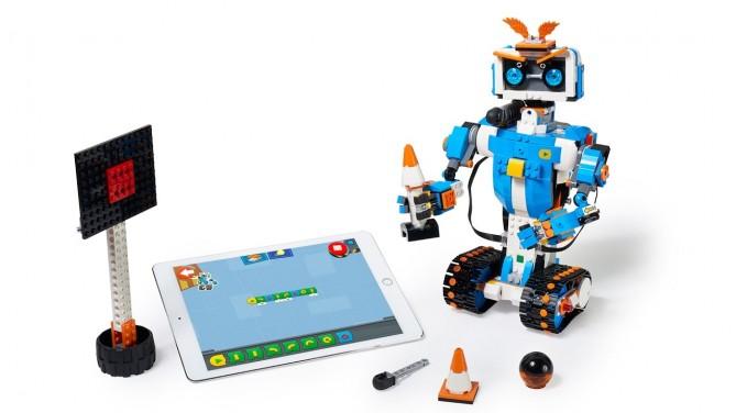 레고에서 만든 코딩 교육 블록 시리즈 레고 부스트. 5개의 로봇 중 '버니'의 모습이다. - LEGO 제공